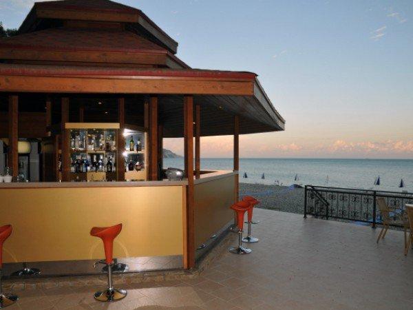 Летнее кафе «Лазурный берег»