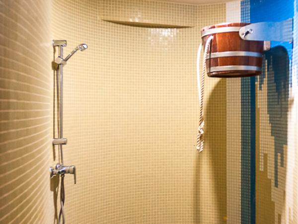 Купель и холодный душ