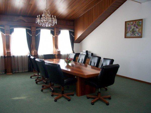 Конференц-зал «Бизнес»