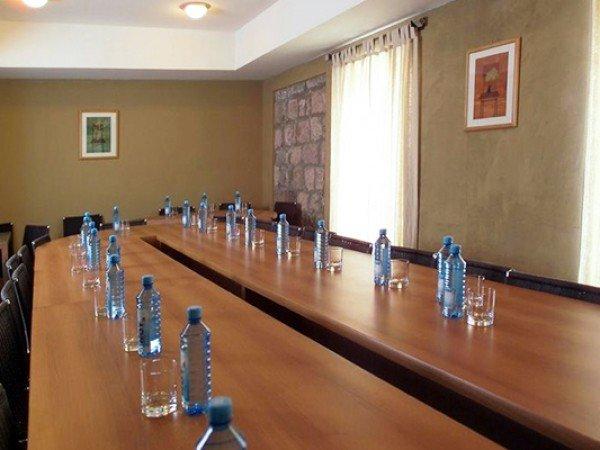 Организация мероприятий в отеле «Аван Марак Цапатах»