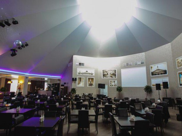 Банкетный зал «Le DOME»