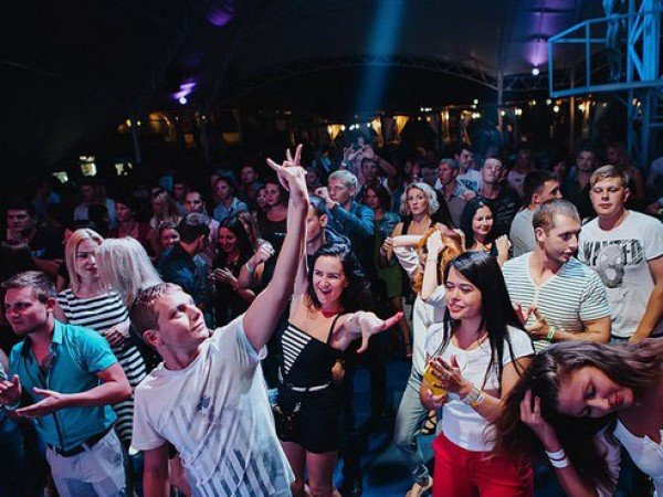 Ночной клуб «Aquadance Beach Club»