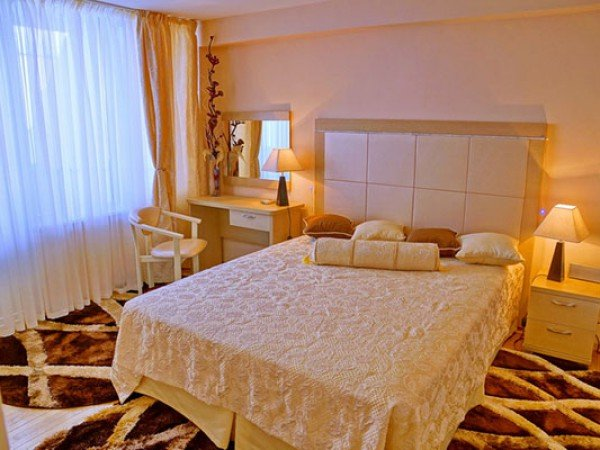 Люкс 3-комнатный с террасой № 600, 400