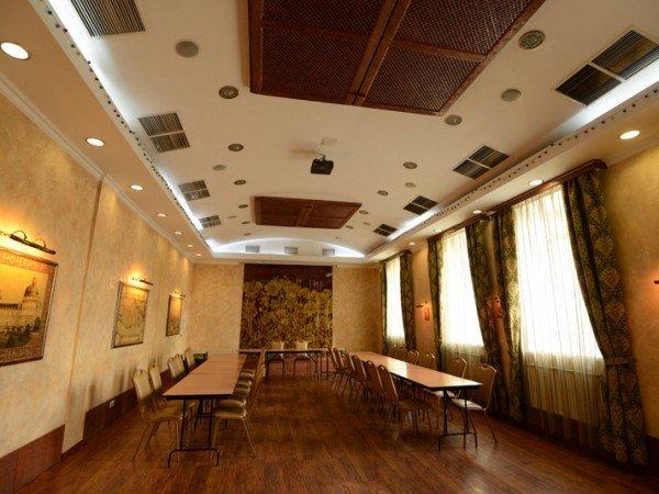 Организация мероприятий в отеле «Silky Way»