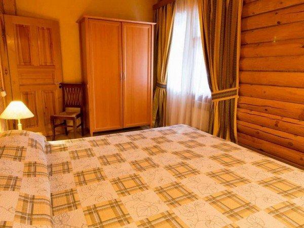 Таунхаус с 2мя спальными комнатами и мини-кухней