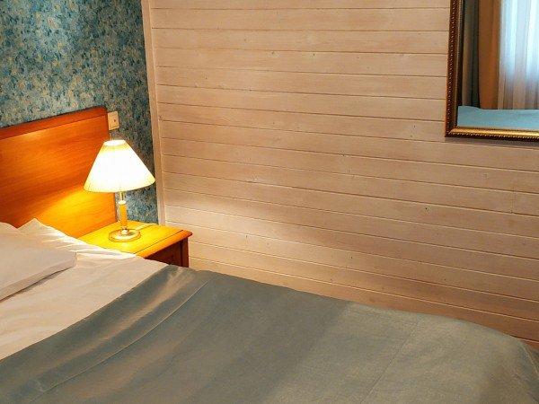 Таунхаус улучшенный с 2мя спальными комнатами и мини-кухней