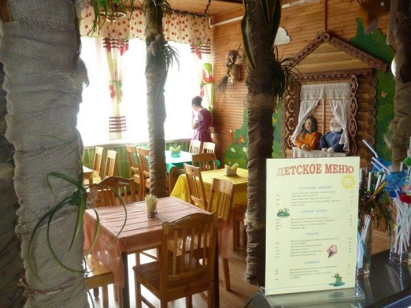 Детское кафе «Сказка в Бору»