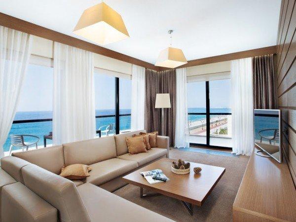 Premier Suite Sea View